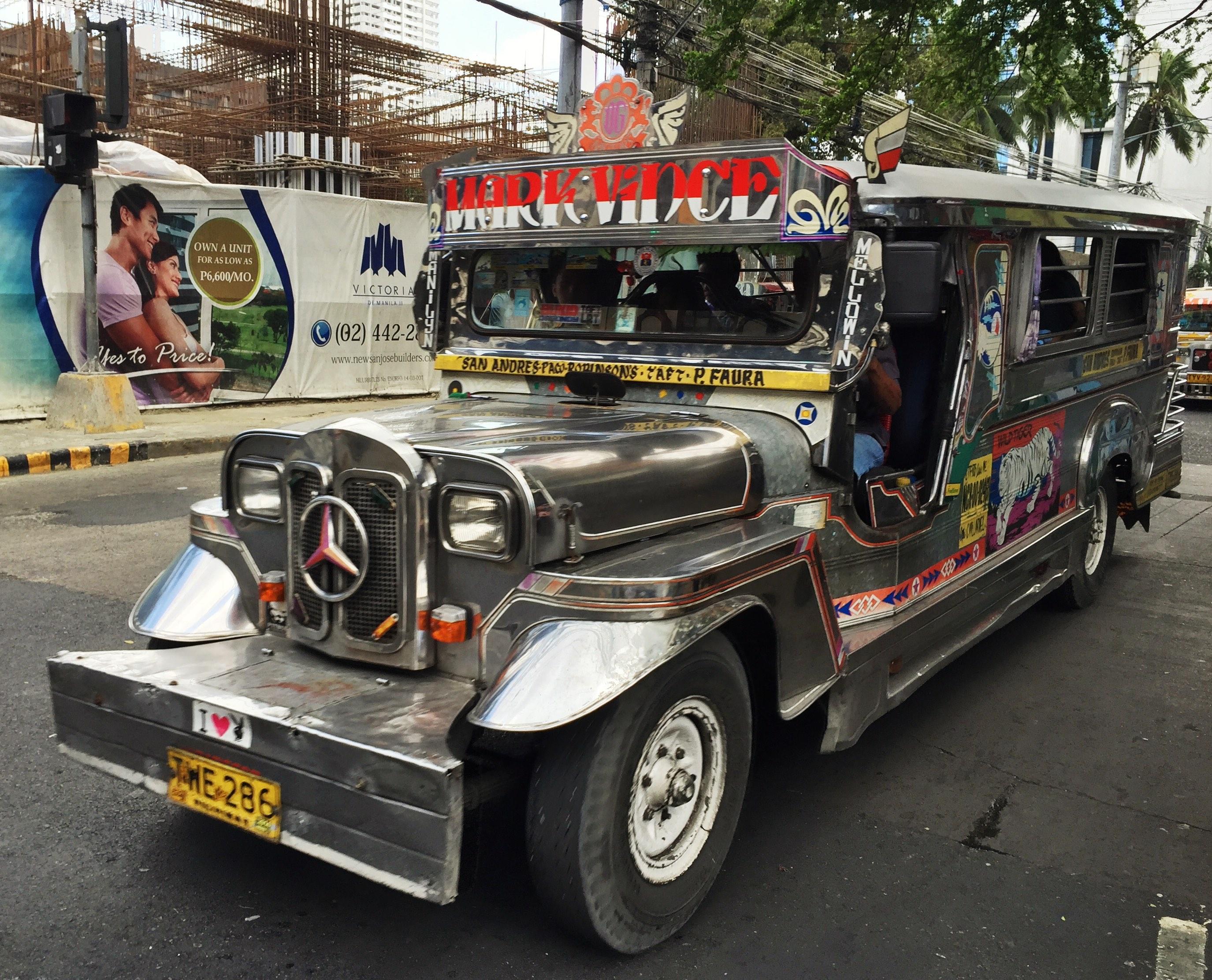 Jeepney à Manille